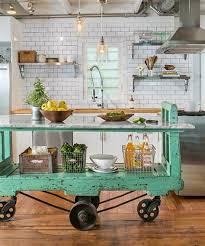 petit de cuisine lovely petit ilot central de cuisine 8 cuisine orange la