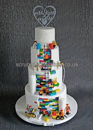 plain wedding cakes plain front and lego back wedding cake cakecentral