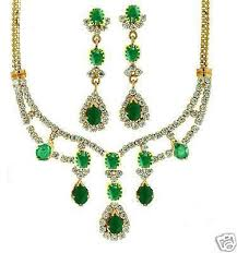 diamond style necklace images Diamond style emerald and zircon small necklace with earrings jpg