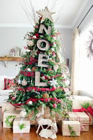 eye 10 unique tree decorating ideas curbly