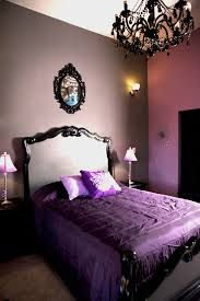 chambre violet et cuisine deco chambre noir violet chaios chambre a coucher mauve