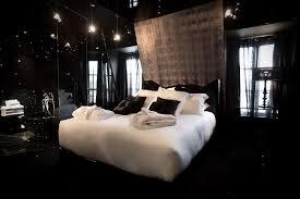 decoration de chambre de nuit inspiration décoration pour une chambre noir the déco