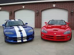 Dodge Viper Gts Top Speed - 91 dodge viper gts blue u0026 u002705 dodge viper srt10 red