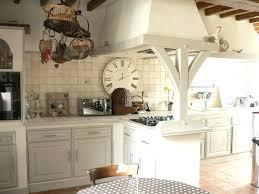 cuisines rustiques cuisine rustique chene cuisine en chane repeinte avec elaconore