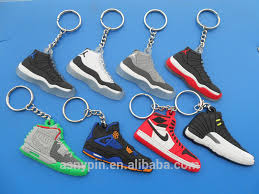 key rings designs images Uae flag design finger shaped silver and gold keyrings and finger jpg