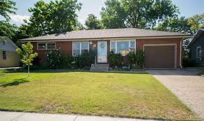 meticulously maintained 3 bed u2013 2140 roach st