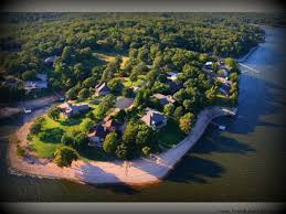 two tree island estates your best choice for lake homes in grand