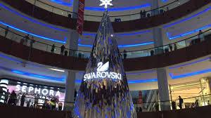 Swarovski Christmas Tree Decorations by Swarovski Diamonds Christmas Tree Dubai Mall Uae Youtube