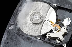 25 000 drive study shines a light on how long hard drives actually