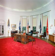 oval office tour cote de texas president trump u0027s new oval office decor