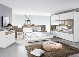 Wandfarbe Schlafzimmer Graues Bett Funvit Com Zimmer Farblich Gestalten Türkis Beispiele