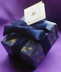 gift wrap tissue paper tissue paper and gold gift wrapping idea dot women