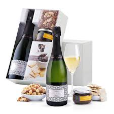 Wine Gift Delivery 67 Best Wine Champagne Gift Ideas For Europe Images On Pinterest
