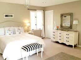 Schlafzimmer Renovieren Schlafzimmer Wandgestaltung Mit Weißen Möbeln Gemütlich Auf