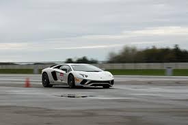 lamborghini aventador track day 2017 lamborghini aventador s track test luxury4play com