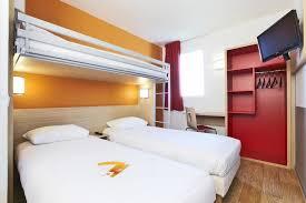 chambre hotel premiere classe hôtel première classe laval laval expedia fr