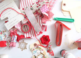 crafty christmas projects diy christmas fabric scrap gift tags