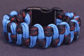make paracord bracelet youtube images Make the wide slithering snake paracord survival bracelet bored jpg