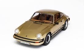 gold porsche 911 gt spirit porsche 911 2 7 gold metallic gt011zm in 1