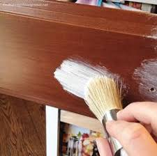 The Pros And Cons Of Chalk Paint And Latex Paint When Painting - Pros and cons of painting kitchen cabinets with chalk paint