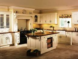 Best Type Of Paint For Kitchen Cabinets by Cream Colored Painted Kitchen Cabinets Trends Also The Best Paint