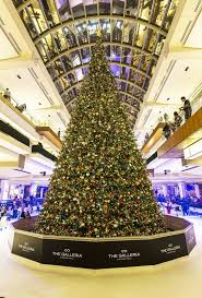 the galleria s annual tree lighting and spectacular the buzz