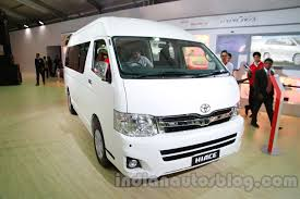 toyota hiace interior auto expo 2014 toyota hiace gt 86 showcased