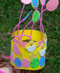 Easter Hat Decorations by At Home With Ali 2 Easter Hat Ideas