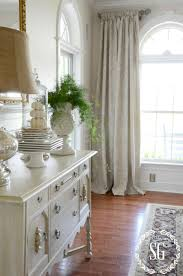 Tips For Decorating Home by 10 Tips For Decorating On A Budget Stonegable
