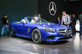 mercedes sl 550 amg refreshed 2017 mercedes sl debuts in l a with nine speed