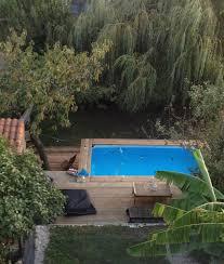 amenagement autour piscine hors sol comment encastrer sa piscine hors sol blog de raviday