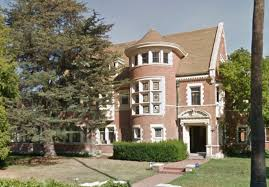 airbnb mansion los angeles the american horror story murder house is now on airbnb