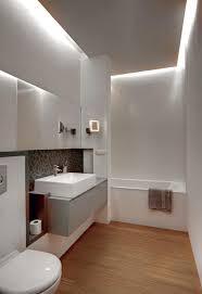 beleuchtung badezimmer badezimmer modern einrichten abgehängte decke indirekte