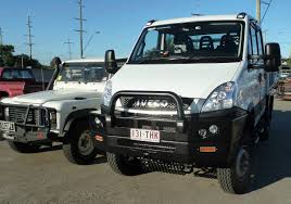 mitsubishi fuso 4x4 price going bush