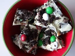 white chocolate mint cookie christmas bark baby blue eis