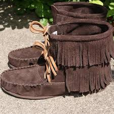 womens fringe boots canada 74 best fringes images on shoes fringes and moccasins