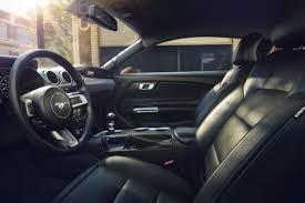 siege auto voiture 3 portes la nouvelle ford mustang restylee 2017 a partir de 25 585 dollars