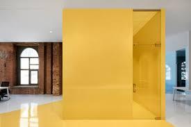 orange siege social siège social de l entreprise lightspeed par acdf architecture