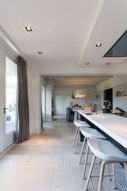 Cork Floor Kitchen by Best 25 Limestone Flooring Ideas On Pinterest Shaker Kitchen