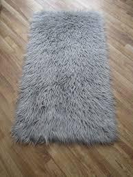 Silver Grey Rug Best 25 Fluffy Rug Ideas On Pinterest White Fluffy Rug White