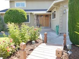 Backyard Guest Cottage by 1150 Crowe Place Spacious 4br 2 5ba House With Guest Cottage In