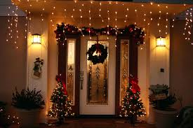 front doors front porch christmas decorating ideas mini lights