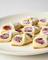 raspberry bow tie cookies beyond the chicken coop