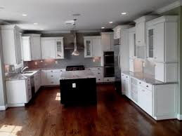 white glazed kitchen cabinets woodmark cabinetry american savannah