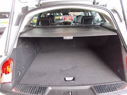 vauxhall insignia trunk used white vauxhall insignia for sale bedfordshire