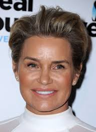 yolanda foster hairstyle yolanda foster at the real housewives of beverly hills season 6