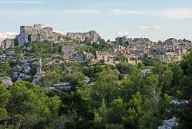 bureau de poste avignon tourism in les baux de provence visit les baux de provence museum