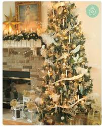 New Ways To Decorate Your Christmas Tree - from the past present u0026 future inspiring a new way to design
