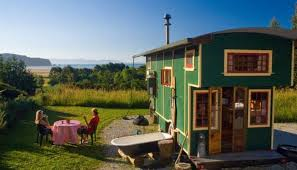 Tiny Homes For Rent Tiny Homes For Rent 3 Impressive Housetrucks You Can Stay In Curbed