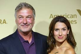 alec baldwin announced he u0027s going to be a dad again